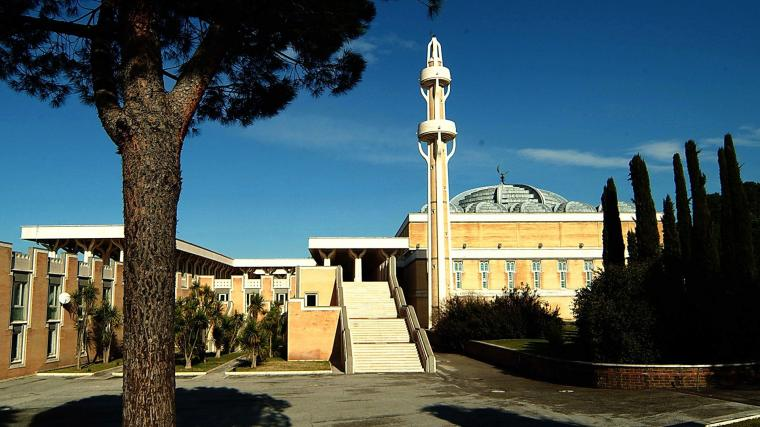 Masjid Agung Roma, Pusat Kebudayaan Islam di Italia