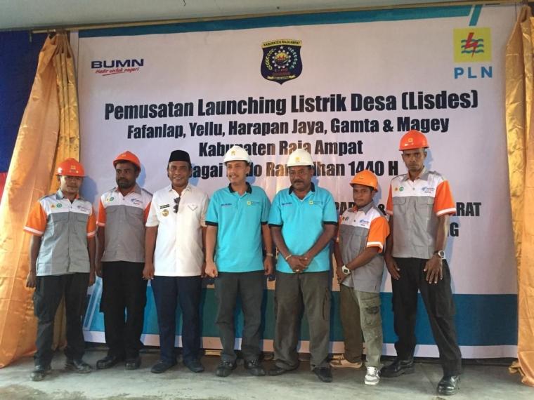 Bupati AFU Resmikan 5 Lisdes di Kepulauan Misool