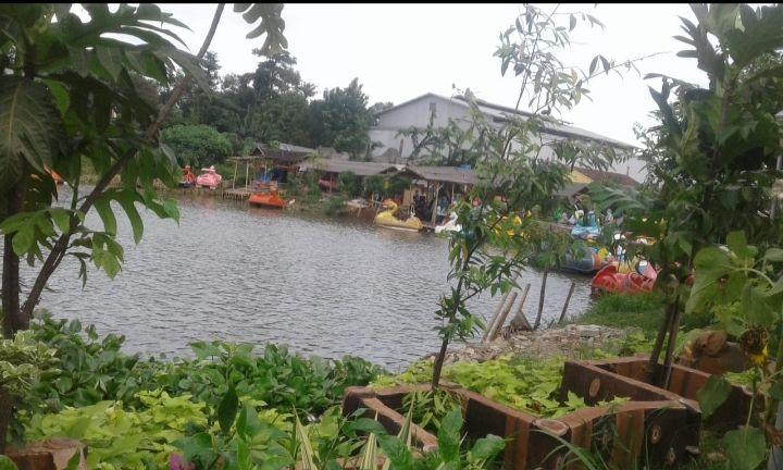 Taman Limo Ngabuburit Seru di Kabupaten Bekasi