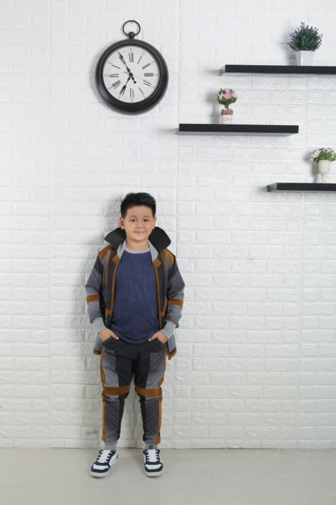 """""""Kasih Sayang Mama Papa"""" Jadi Single Perdana Brayden Elgin Elvano"""