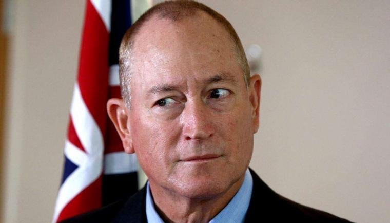 Australia Rayakan Tumbangnya Senator Fraser Anning