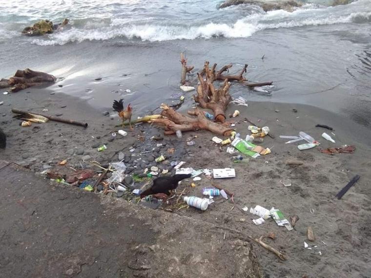 Kenapa Masih Saja Membuang Sampah ke Laut?