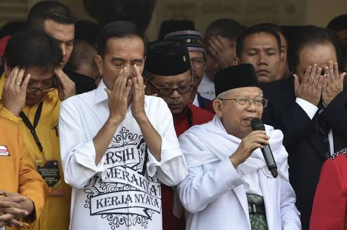 Jokowi Lebih Baik Mundur Saja