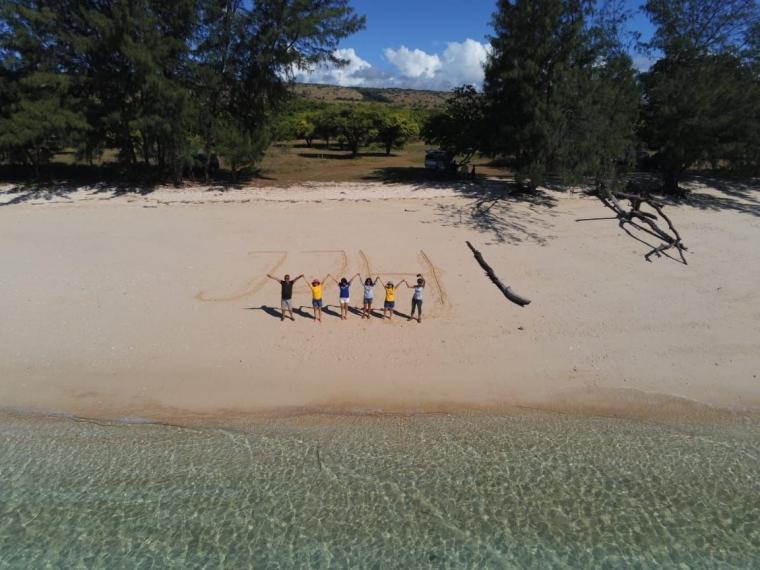 Pantai Puru Kambera yang Berbanding Terbalik dengan Pantai Walakiri