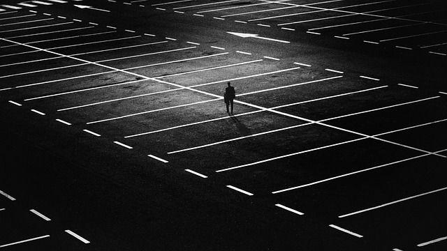 Puisi | Terkurung Jejak Hati yang Tersembunyi