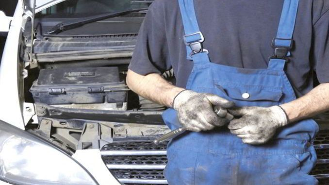 Solusi Merawat Kendaraan Bekas agar Mesin Tetap Bersih