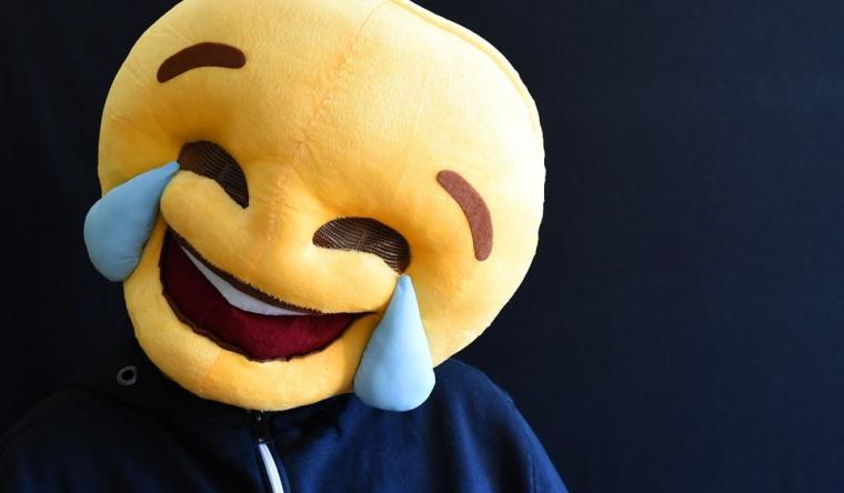 Tertawa Bersama Akun-akun Garis Lucu di Twitter