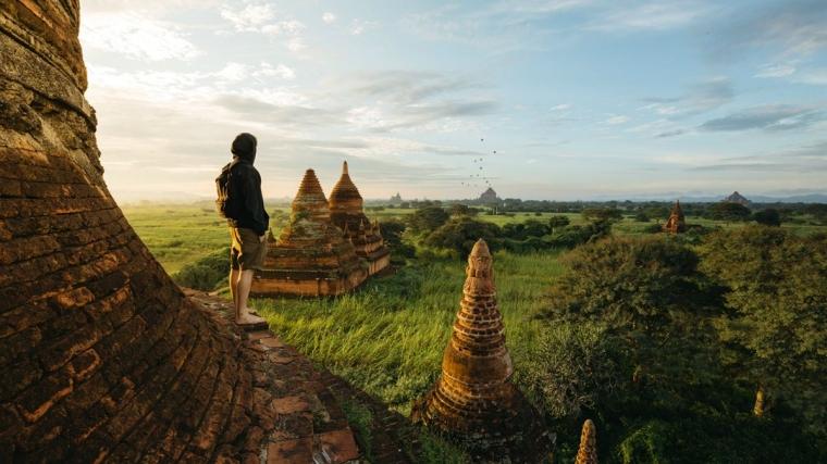 Destinasi Segitiga Candi, Borobudur-Prambanan-Ratu Boko yang Wajib Dikunjungi