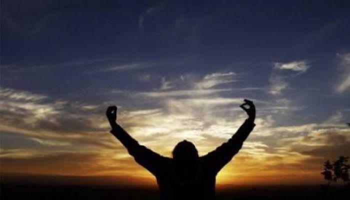 """Teruntuk Engkau yang Ditinggal, """"Menangislah, Teriaklah, Lalu Bangkitlah"""""""