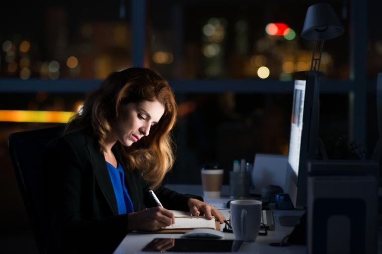 Tanda-tanda yang Perlu Kamu Ketahui dari Workaholic