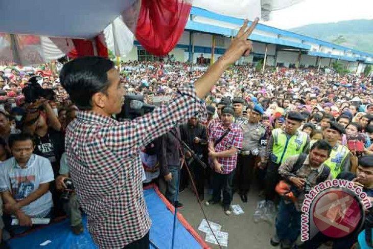 Jokowi Bilang Petani Harus Dimuliakan dengan Stop Impor, tapi Realitanya Terbalik