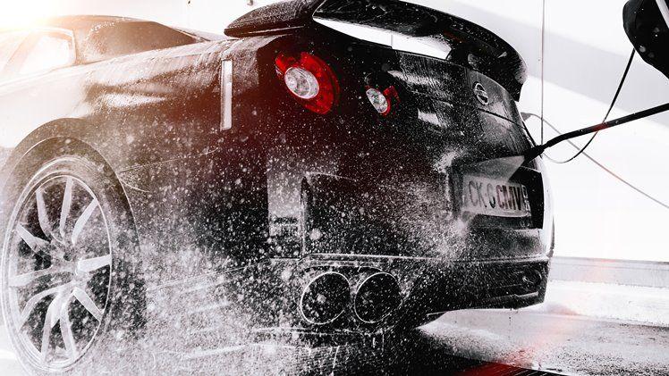 Cuci Mobil Anda Menggunakan Alat yang Tepat