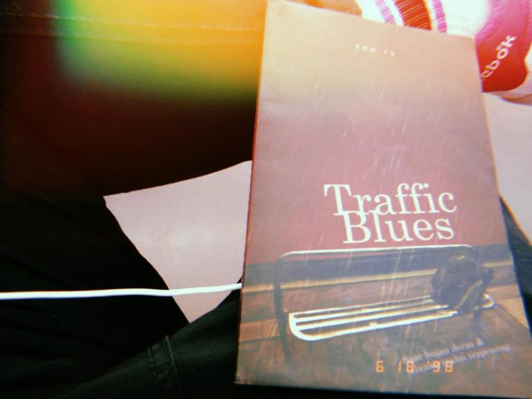 """Mulailah dengan """"Traffic Blues"""" untuk Segala Kemacetanmu Membaca Buku"""