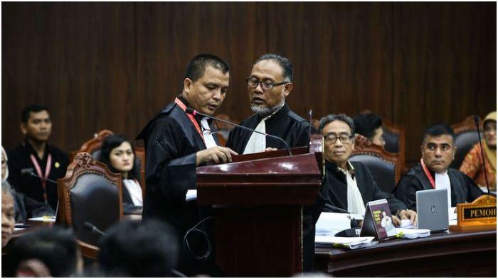 Tim Hukum BPN Prabowo-Sandi di Sidang MK, Tricky, Membunuh, dan Berbahaya