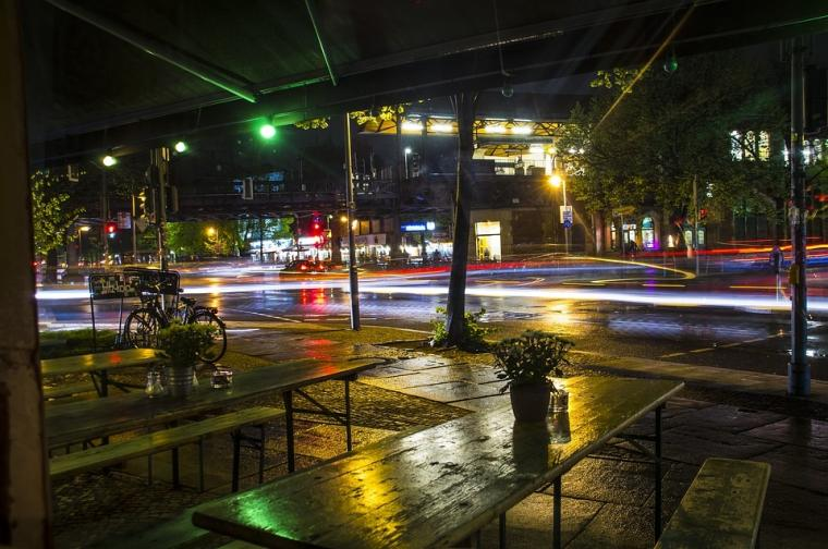 Puisi | Saat Larut Malam