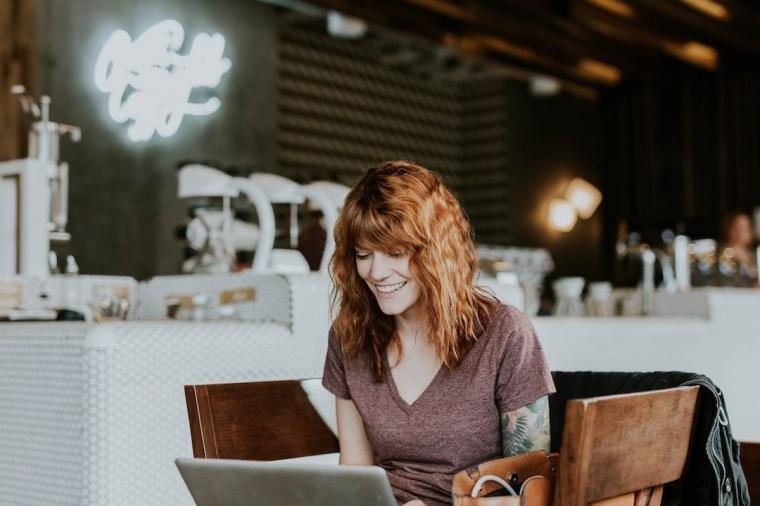 Menelusuri Perilaku Konsumen dalam Berbelanja Online