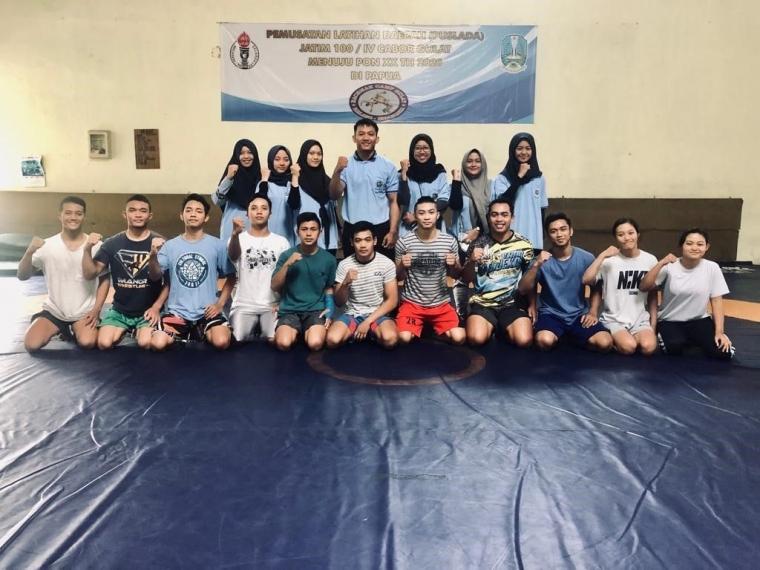 Mahasiswa KKN UM Beri Pelatihan Gulat Pada Remaja Desa Glanggang, Kecamatan Pakisaji, Kabupaten Malang