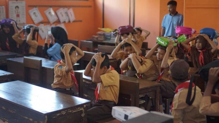 Antusiasme Siswa SD dalam Kegiatan Pendidikan Siaga Bencana