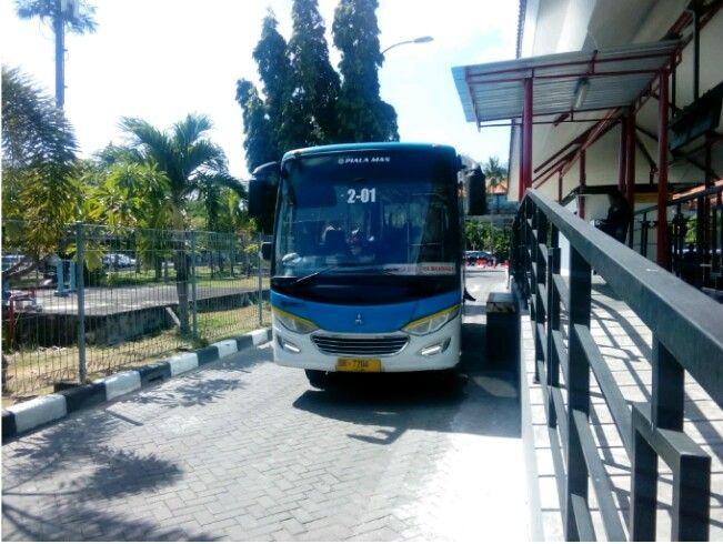 Menikmati Fasilitas Transportasi Publik Trans Sarbagita