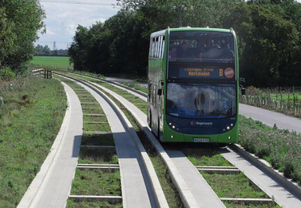 Mengenal O-Bahn, Alternatif Transportasi dari Kemenhub