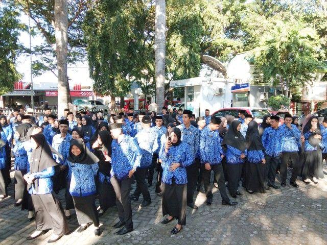 223 CPNS Menerima SK dari Tangan Sekda Bantaeng