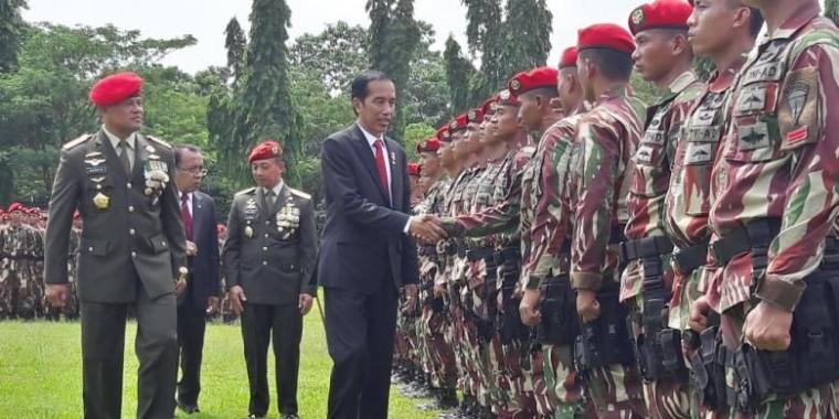 Populer dalam Sepekan   Jabatan Fungsional TNI   Pekerjaan Rumah Jokowi-Ma'ruf