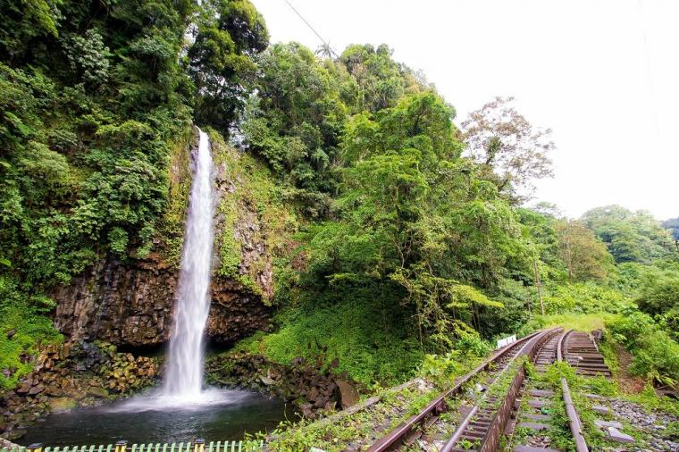Jadi Situs Warisan Budaya Dunia, Bagaimana Nasib Rel Kereta Api Begerigi Sumatera Barat?