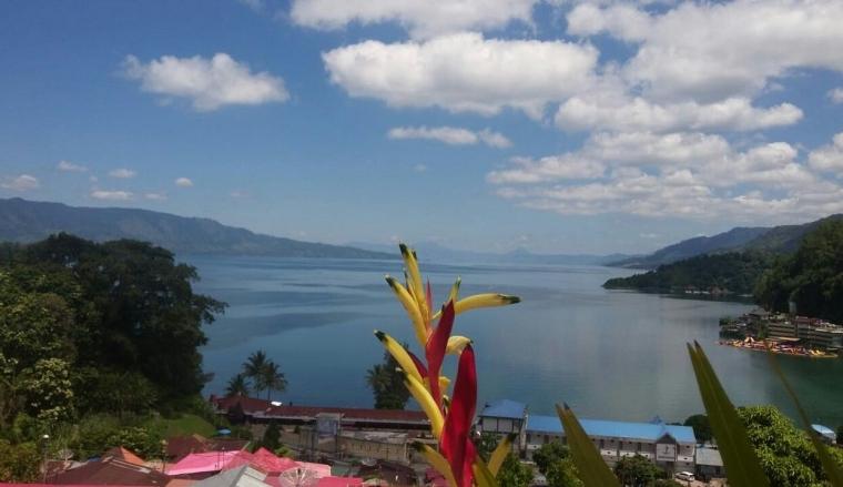 Foto: Berkunjung ke Danau Toba