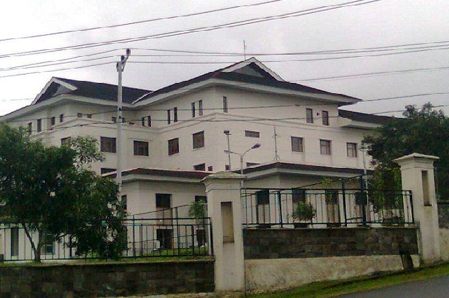 Dari Dapil Buru, Kerabat Penguasa Kuasai 5 Kursi di DPRD Maluku