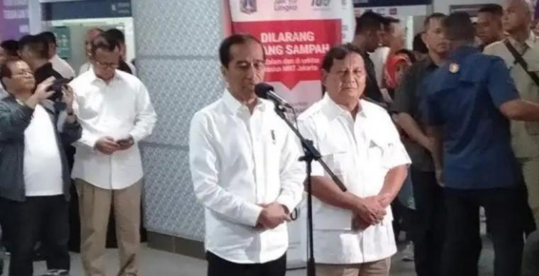 Prabowo Menyelonong, Amien Rais Bingung!