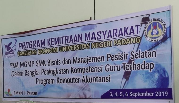 Pkm Mgmp Smk Bisnis Dan Manajemen Pesisir Selatan Dalam Rangka Peningkatan Kompetensi Guru Kompasiana Com