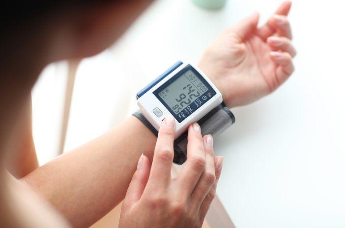 yuk-kenali-makanan-penyebab-kolesterol-meningkat