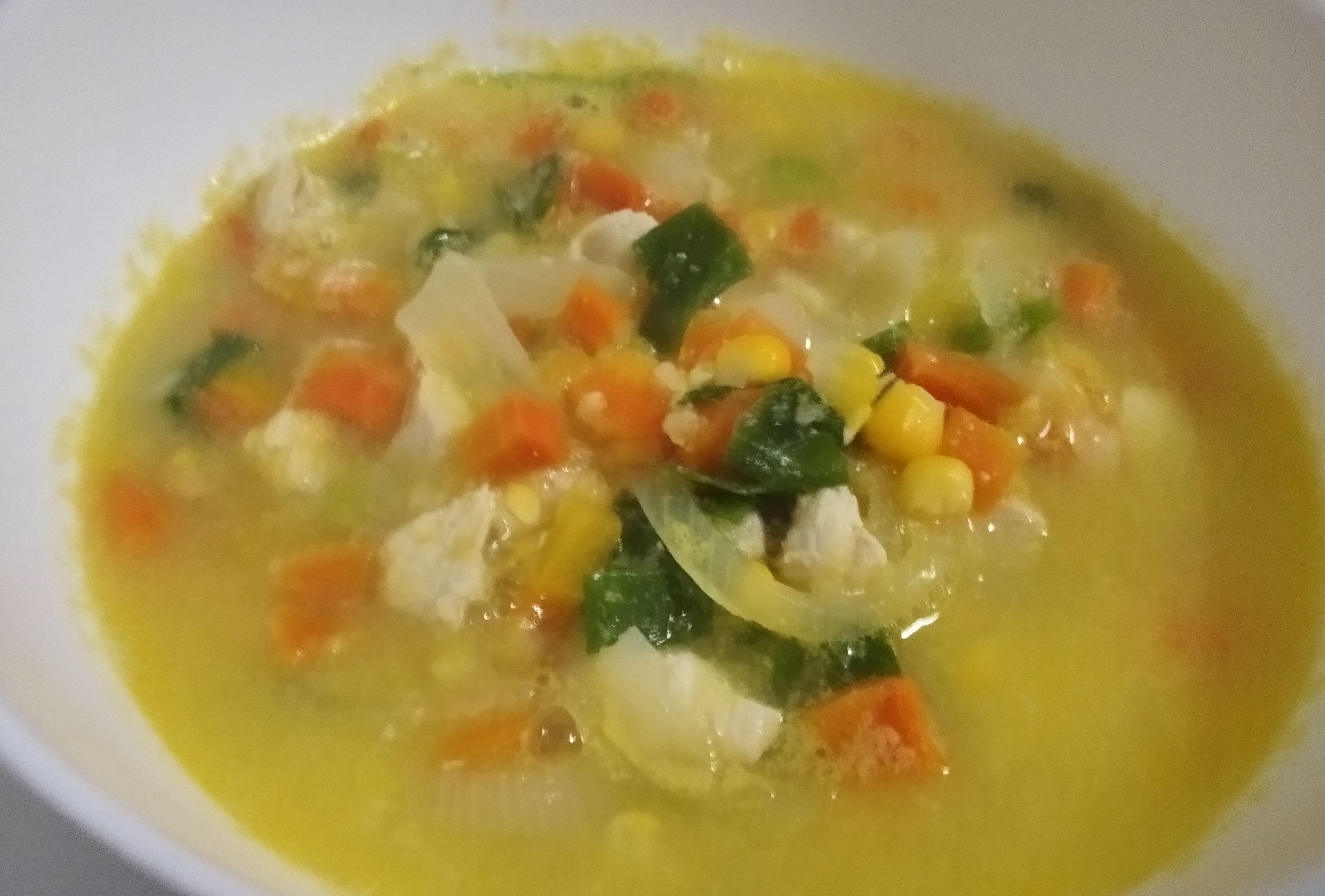Menyiapkan Berbuka Puasa dengan Menu Sup Jagung Ayam