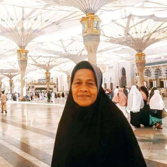 Ibuku: Wanita yang Hatiku Selalu Berpaut