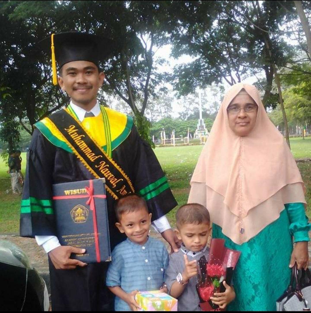 Ibu, Kartini Versiku yang Selalu Menjadi Panutan