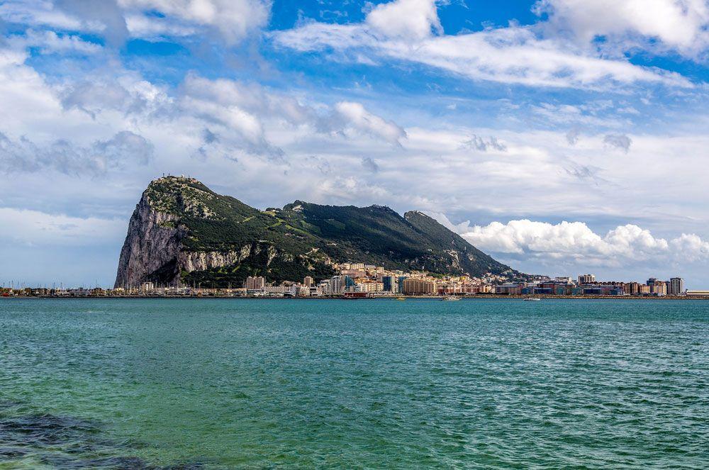 Gibraltar Monumen Abadi Keperkasaan Thariq bin Ziyad di Pintu Masuk Benua Biru