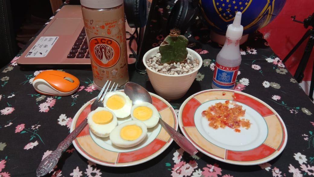 Menu Buka Puasa Anti Mainstream: Telur Rebus Sambal Cuka, Terdengar Aneh Tapi Enak