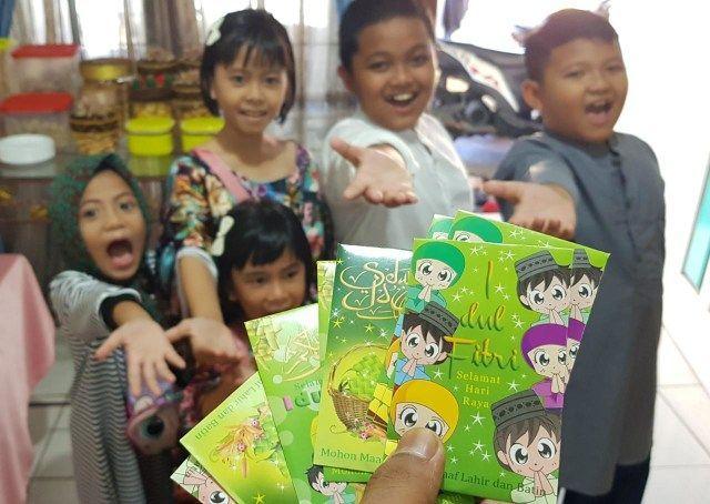 Inilah Alasan Anak-anak Pasca Ramadan Punya Hobi Koleksi Angpau Lebaran