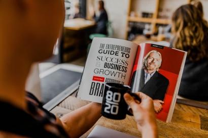 Membangun Personal Branding untuk Orang Lain Ternyata Lebih Mudah daripada Diri Sendiri
