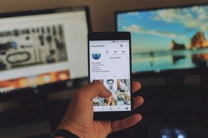 Apakah Media Sosial Pribadi Harus Digunakan untuk Pekerjaan?
