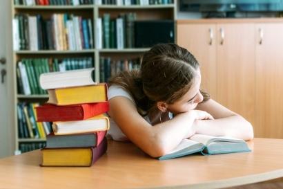 """Makin Nggak Semangat Kuliah? Hati-hati """"Academic Burnout"""""""