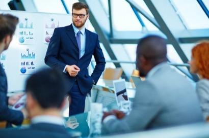 Menjadi Manager Sekaligus Leader yang Berkarakter