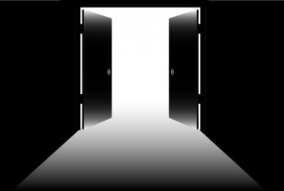 Cerpen: Pintu Ruang Guru Masih Terbuka