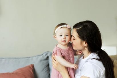 Hanya dengan Pengalaman, Cukupkah Menjadi Ibu Pengetahuan bagi Anak?