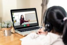 Langkah Riil Guru Melakukan Komunikasi Efektif dalam Pembelajaran Daring (Pedagogik 1)