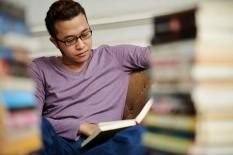 Anda Suka Baca Buku Fisik atau Buku Digital?