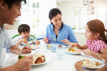 Tiga Hal Penting yang Wajib Diketahui Orangtua agar Anak Tidak Mewarisi Kebiasaan Buruk