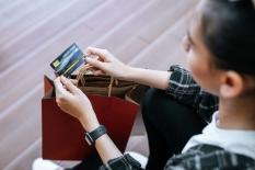 Jangan Gegabah Menggunakan Kartu Kredit!