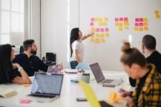 Menangani Mentalitas Silo, Perusak Laten Produktivitas Perusahaan