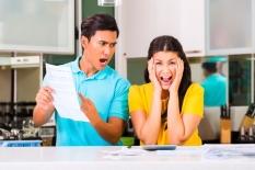 Stres Pasangan Terlalu Boros? Lakukan Cara Cerdas Ini untuk Mengubahnya